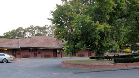 Comfort Inn Country Plaza Halls Gap: car park