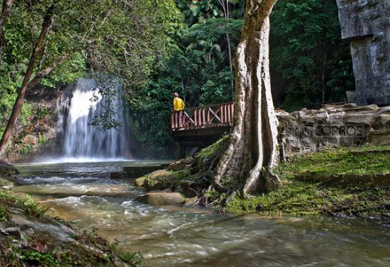 Μπαντάρ Σερί Μπεγκαβάν, Μπρουνέι Νταρουσαλάμ: Waterfall