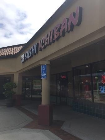 Sushi Ichiban: Storefront