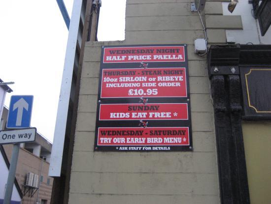 Wolseys Bar: Wall signs
