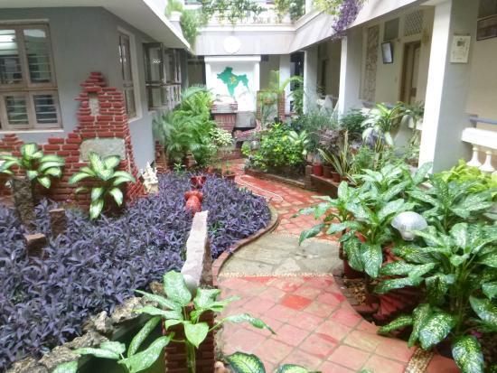 New Guest House: Mini Garden Inside Ashram