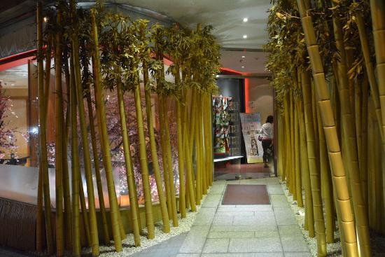 レイクサイド ホテル ハノイ, 日本食のレストラン