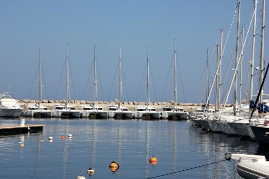 Sari-Solenzara, Frankrike: Marina de Solenzara