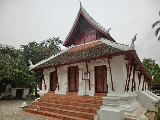 Der Tempel Vat Pak Khan Khammungkhun