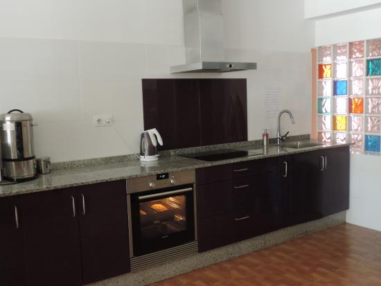 Albergue Cabo da Vila: cocina equipada