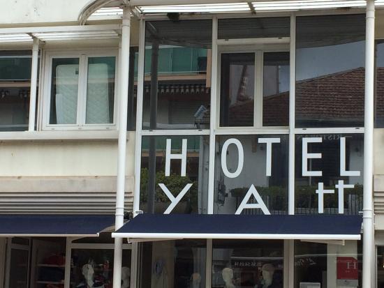 Yatt Hotel : Nettoyage de chambre......