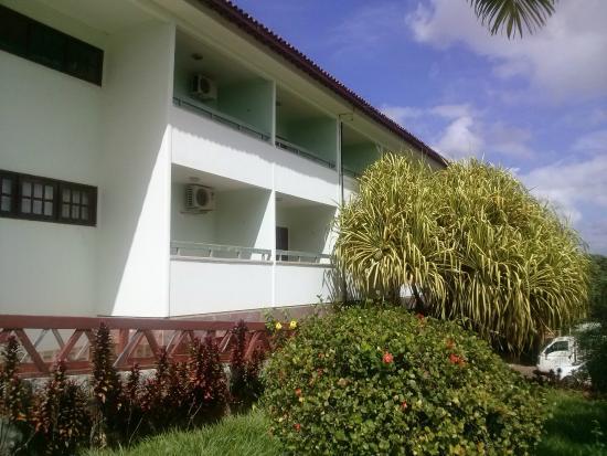 Verdes Vales Lazer Hotel: lateral dos quartos