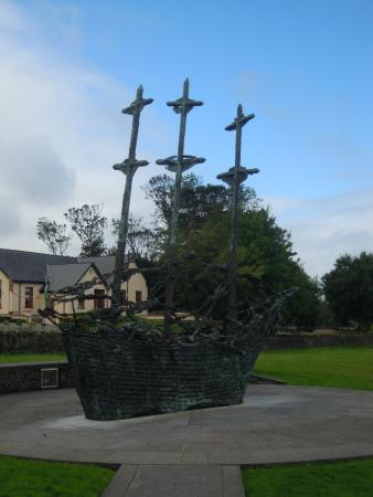 Murrisk, Ireland: National Famine Monument