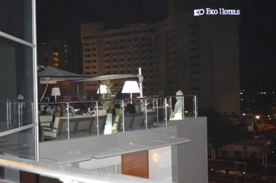 Maison fahrenheit hotel rooftop lounge