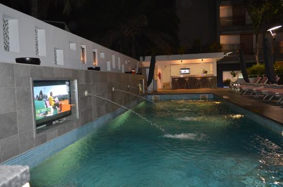 Maison fahrenheit hotel poolside ii