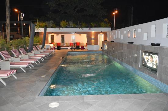 Maison fahrenheit hotel poolside