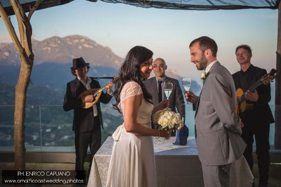 Wagner Day Tours: blessing in Ravello photographer Enrico Capuano wedding planner Mario Capuano