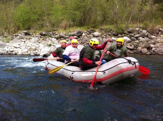 Divertente esperienza di rafting foto di rafting h2o - Rafting bagni di lucca ...