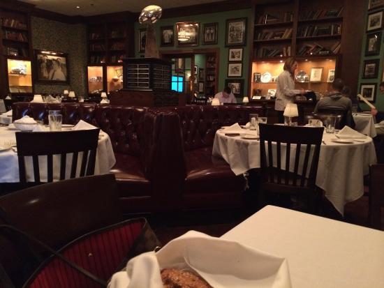 Lombardi's Steak House: Lombardi's