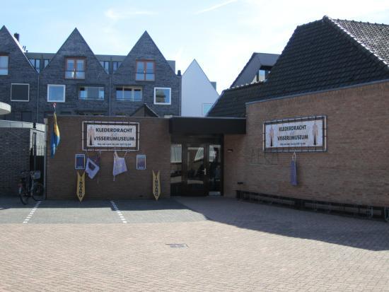 Spakenburg, The Netherlands: Klederdracht- en Visserijmuseum