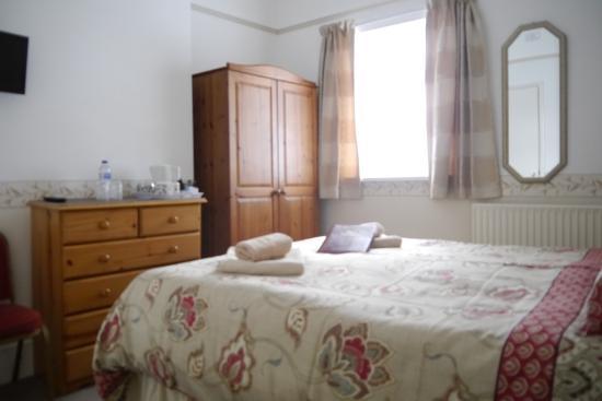Birklands Guest House: Ground Floor Double