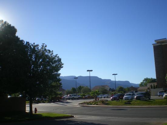 Motel 6 Alamogordo: vue depuis le parking de l'hotel