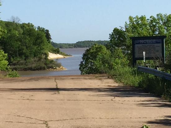 Hugo, Оклахома: Boat ramp