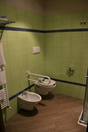 B&B Le Gemme: bagno camera 2