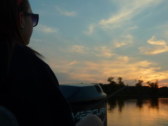 Adventure North Resort: beautiful sunset on Leech lake-Adventure North