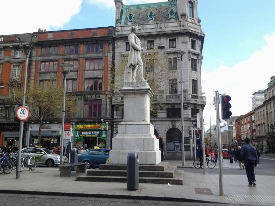 Sir John Gray Statue