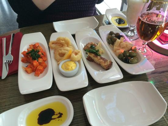 D'Vine: Selection of the tapas dishes