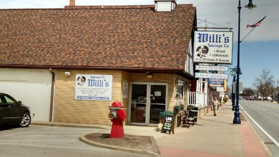 ‪Willi's Sausage co‬