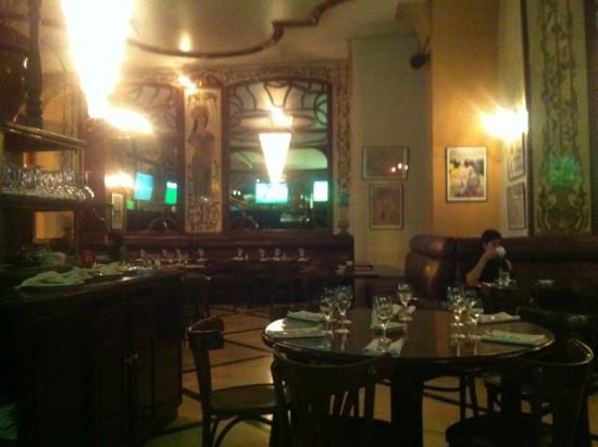 Bagatelle: Comme dans une brasserie parisienne