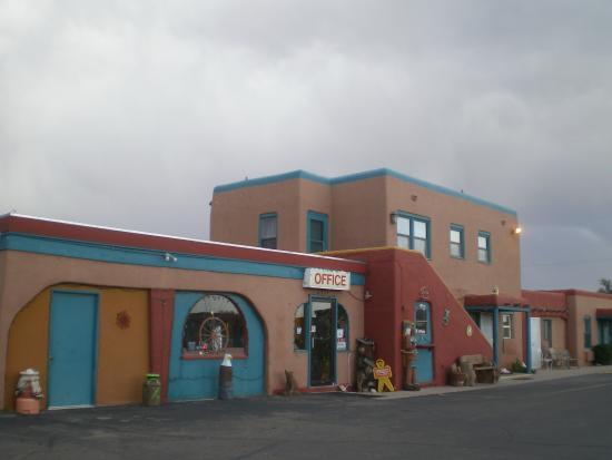 Western Inn: Western Motel
