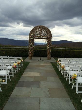 The Garrison - Golf, Restaurant, Events & Inn: Ceremony Setup