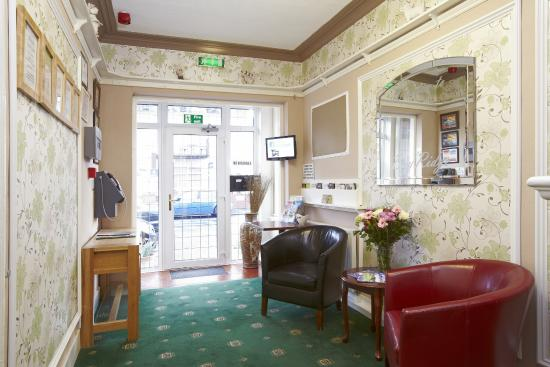 The Bay Ridge Hotel: reception area