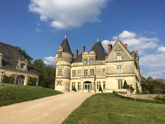 le ch teau picture of chateau de la bourdaisiere montlouis sur loire tripadvisor. Black Bedroom Furniture Sets. Home Design Ideas