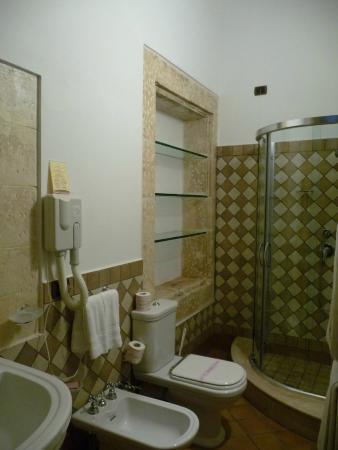 Relais Torre Marabino: Salle de bain