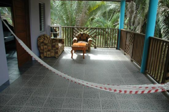 Macaw Bank, Belice: Aracari back deck