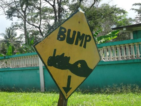Macaw Bank, Belice: One of my favorite road signs