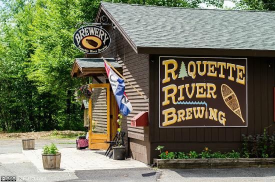 Tupper Lake, Νέα Υόρκη: Raquette River Brewing