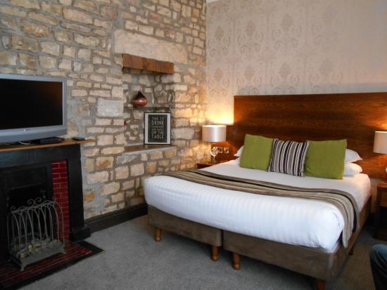 The Sun Hotel: luxury room