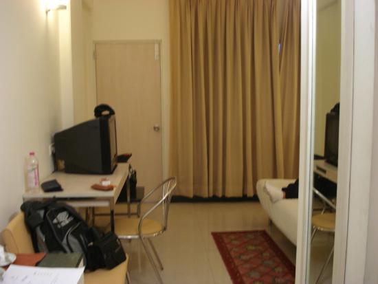 Grand Hotel Agra: habitación