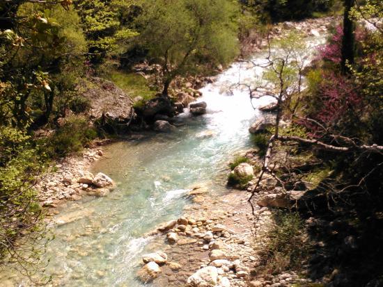 Kyparissia, Griechenland: ποταμός ΝΕΔΑ