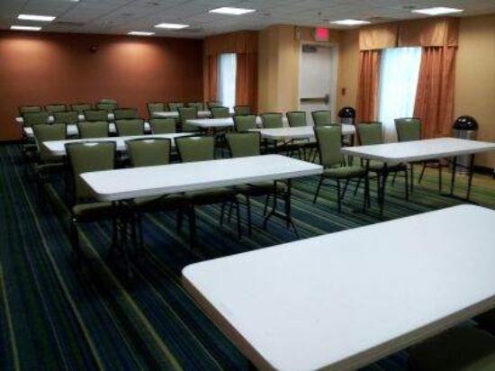Fairfield Inn & Suites Murfreesboro: Meeting RM