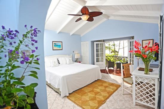 East Winds Inn : Oceanfront Room