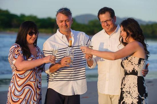 Mirador B&B: Vows renewed on the beach