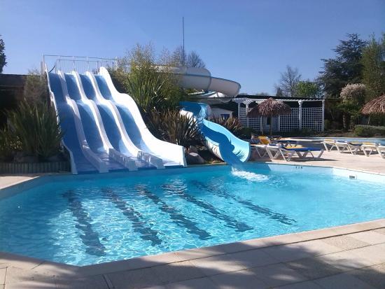 une des 3 piscine du camping - picture of yelloh! village le p'tit
