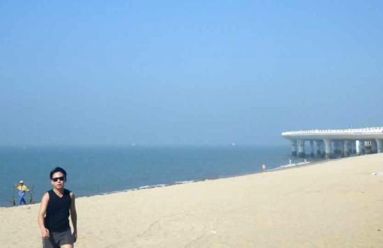 Haicang Bridge: Osias Lim in Xiamen