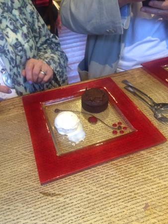 The Wheatsheaf at Bough Beech : Chocolate fondant