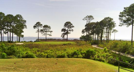 bluewater bay golf club: 1st Par 3, very pretty!