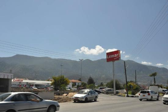 Citrus Tree Gardens : Nearby shop Lemar - turn right from the Hotel