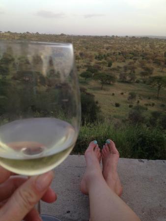 Tarangire Safari Lodge: Enjoying the view with a glass of wine