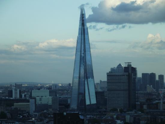 https://media-cdn.tripadvisor.com/media/photo-s/07/c3/97/61/london-eye.jpg