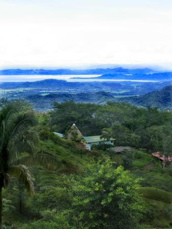 Rancho Ricco: an overview of the lodge and surrounds with view of gulf